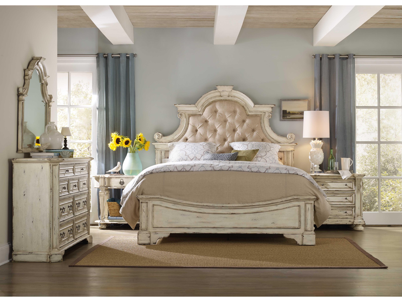 Hooker Furniture Sanctuary Vintage Chalky White King Size