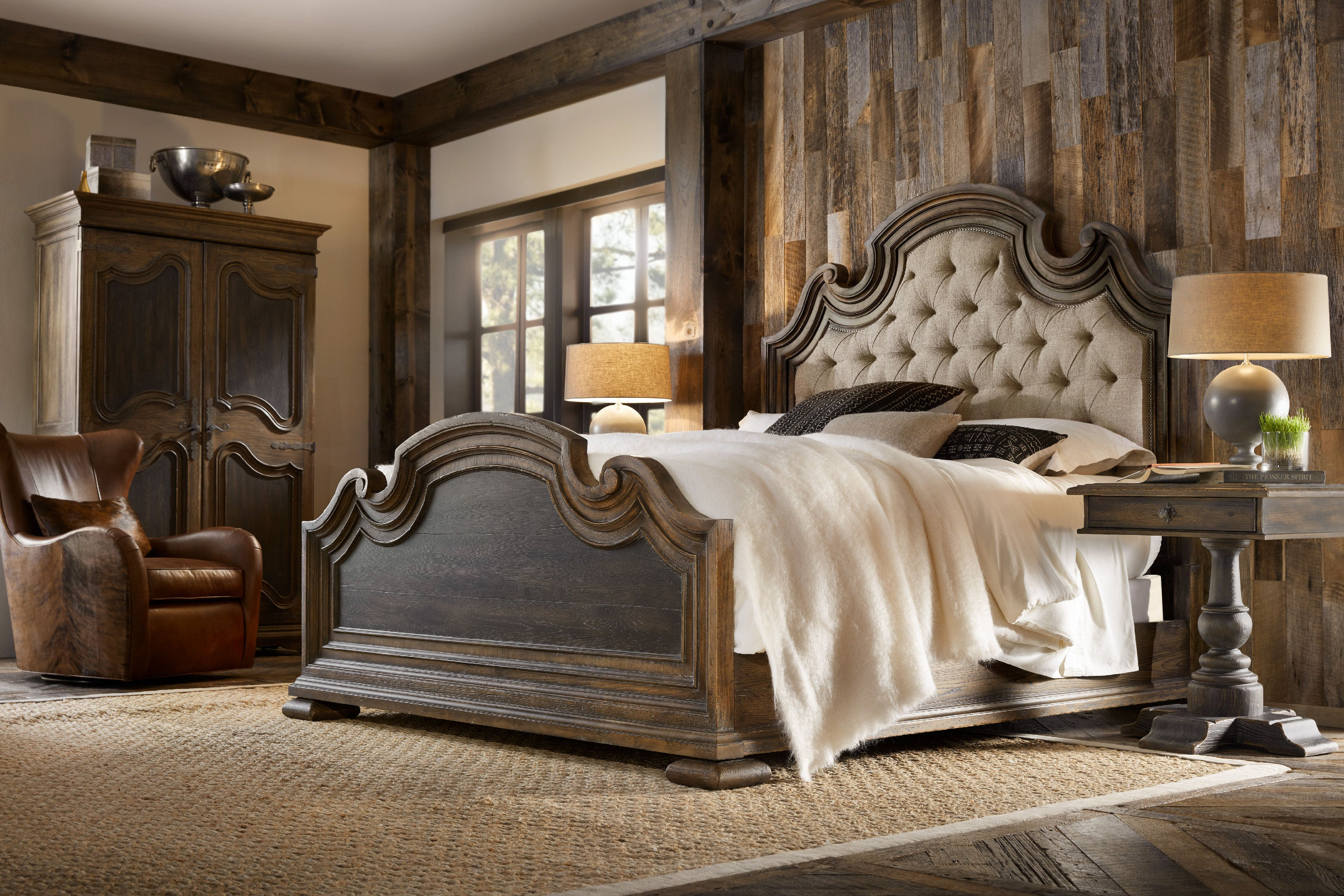 Hooker Furniture Hill Country Timeworn Saddle Brown / Anthracite Black with  Blackwood Desert King Size Panel Bed