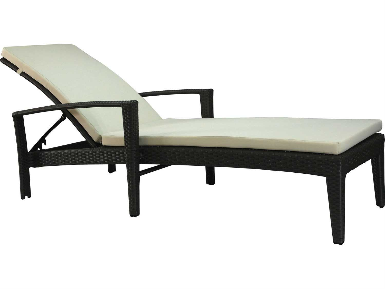 Jaavan Fidji Wicker Chaise Lounge With Arm Jvja113