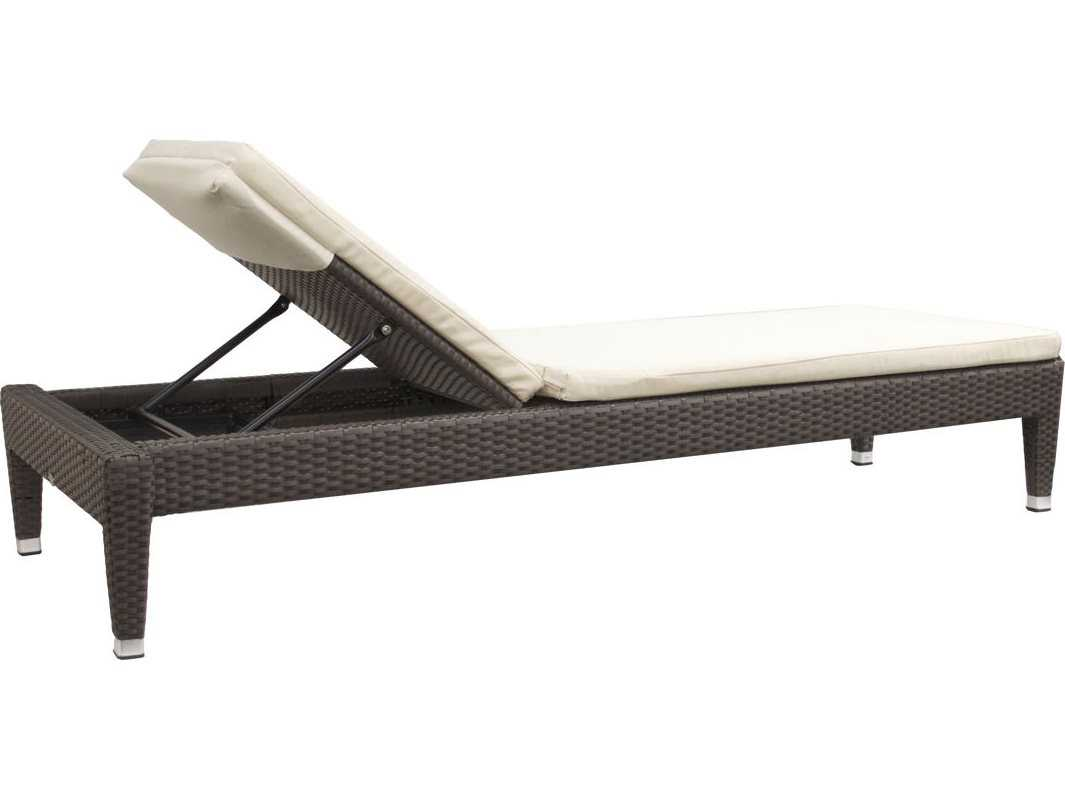 Jaavan fidji wicker chaise lounge armless lounge chair for Armless chaise longue