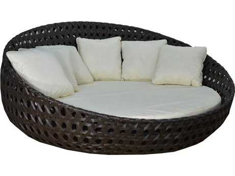 Jaavan Round Wicker Bed 83