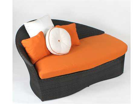 Koverton Sail Wicker Lounge Daybed - Left Facing