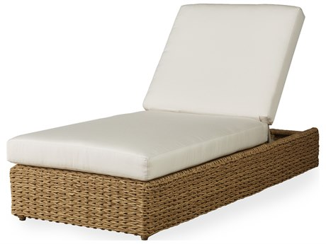Lloyd Flanders Cayman Wicker Chaise
