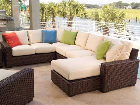 Lloyd Flanders Contempo Wicker Sectional Set
