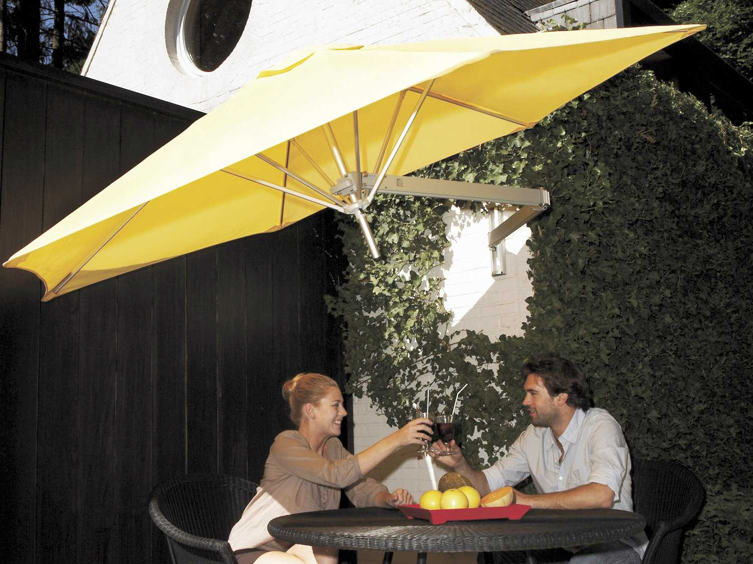 Luxury Umbrellas Paraflex Wallflex 9 Foot Push Lift Tilt