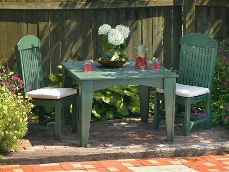 LuxCraft Recycled Plastic Dining Set