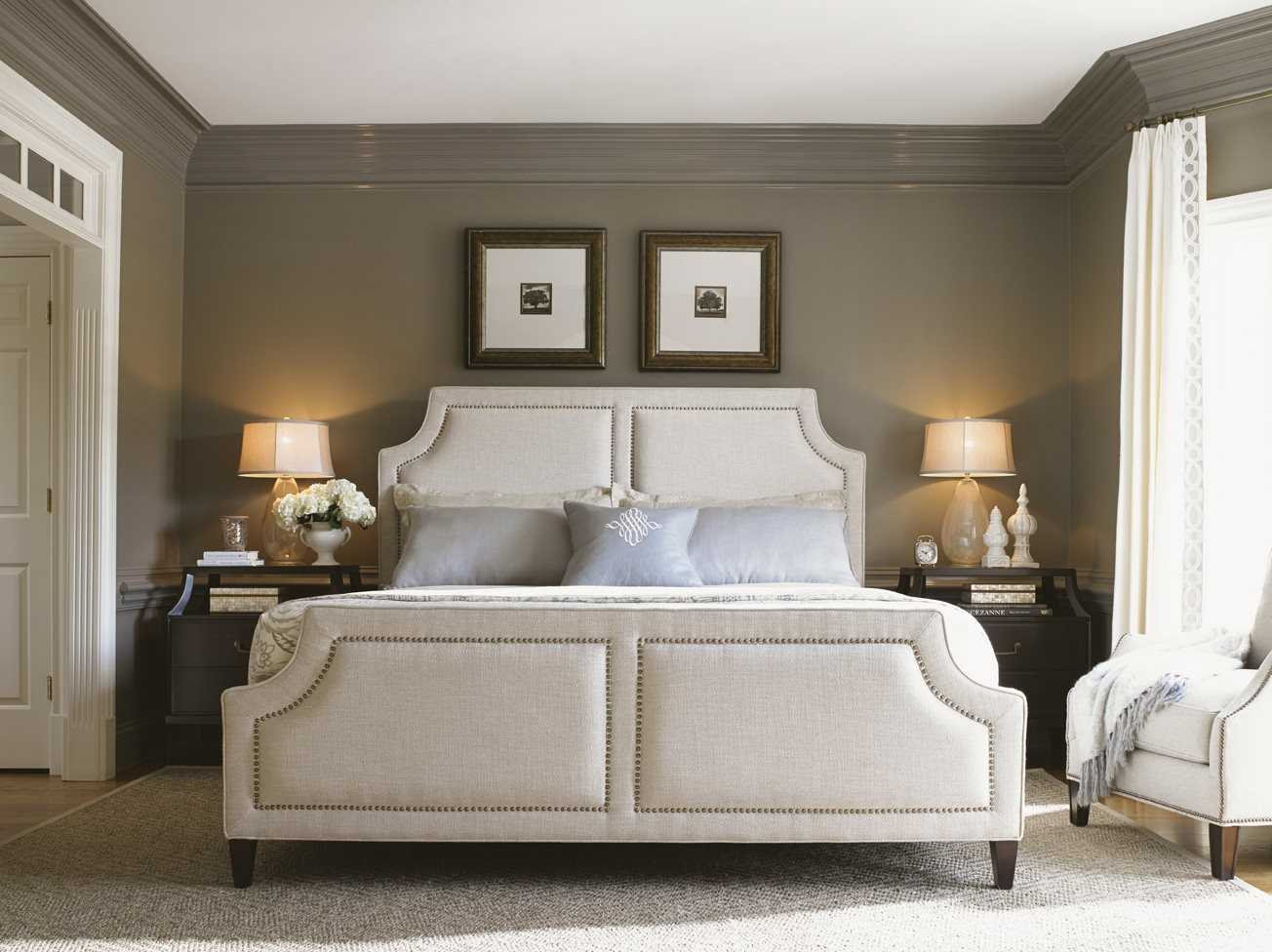 Lexington Kensington Place Chadwick Upholstered Queen