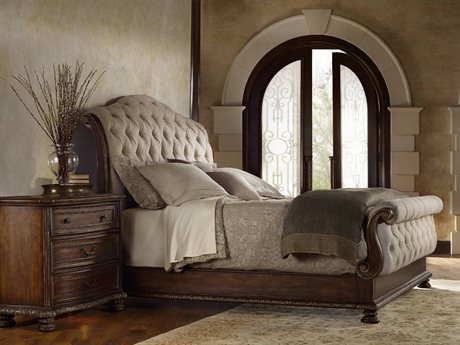 Luxe Designs King Size Tufted Sleigh Bed Bedroom Set