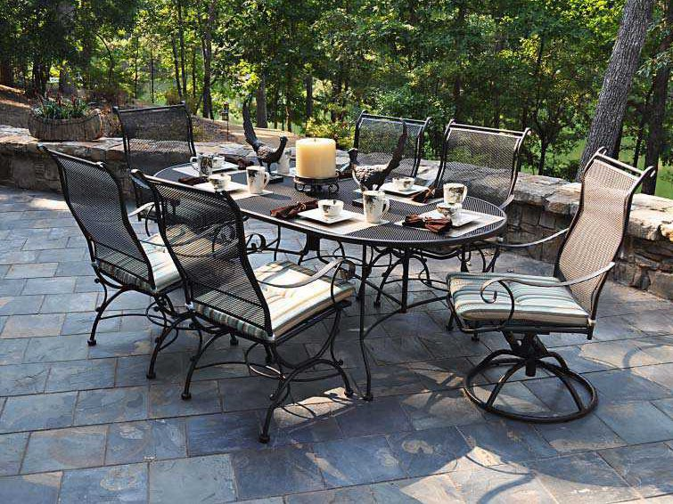 Meadowcraft Wrought Iron 84 X 42 Oval Regular Mesh Dining