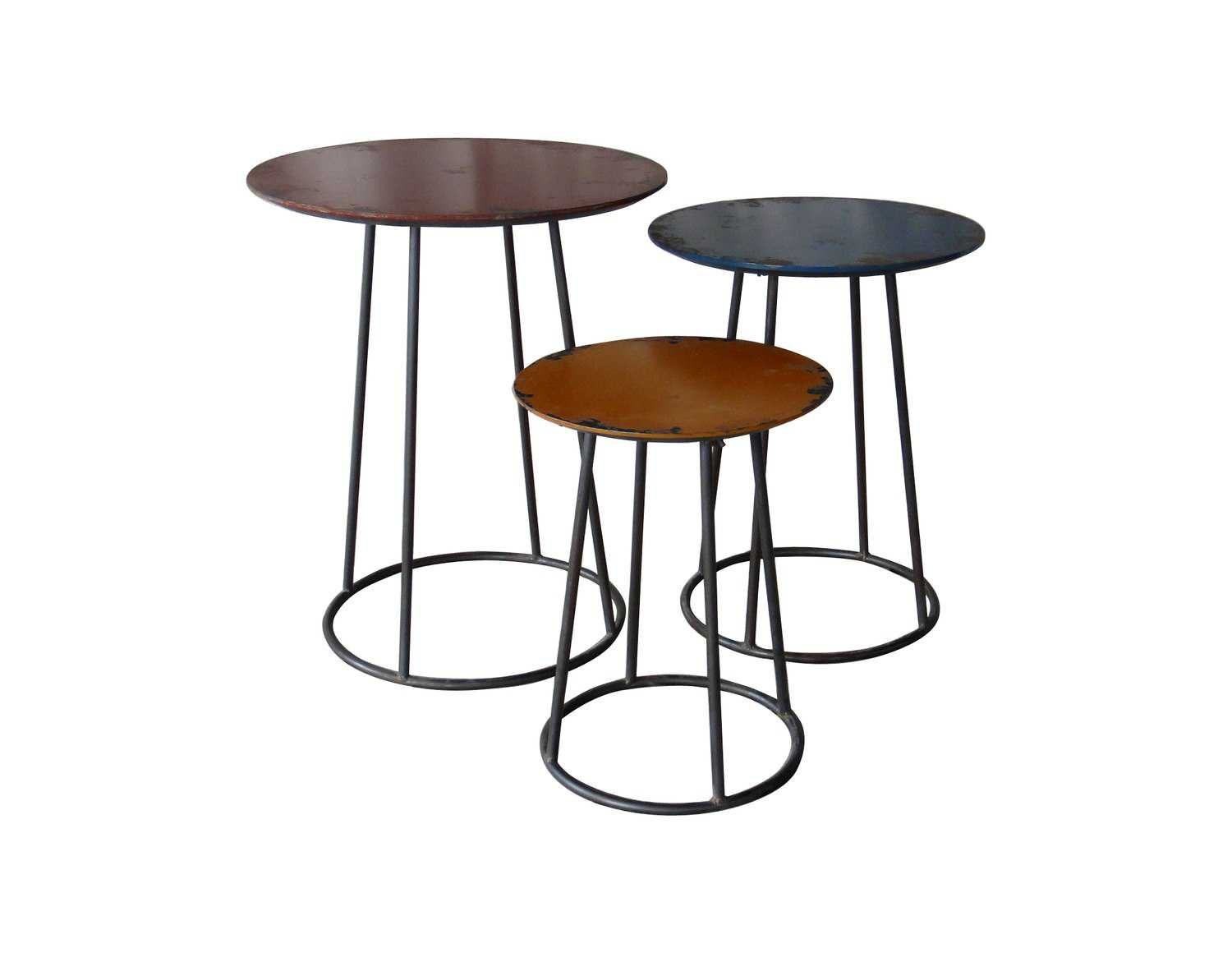 Moe 39 s home collection metal 20 round end table set of 3 for Accent furnitureable