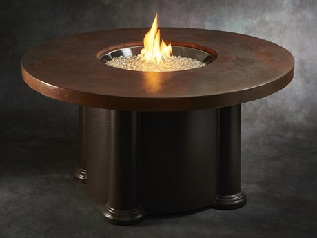 Outdoor Greatroom Colonial Fire Table with artisan acid washed supercast top