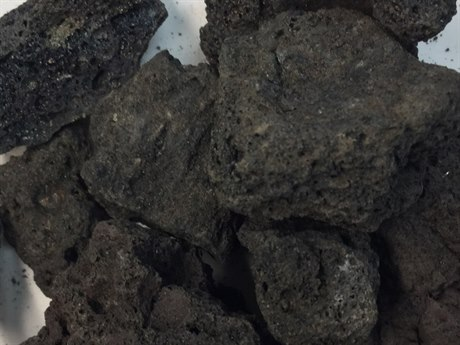 Outdoor GreatRoom Black Lava Rock (5 Cubic Foot Bag)