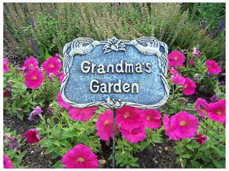 Oakland Living Garden Marker Grandmas Garden in Antique Pewter