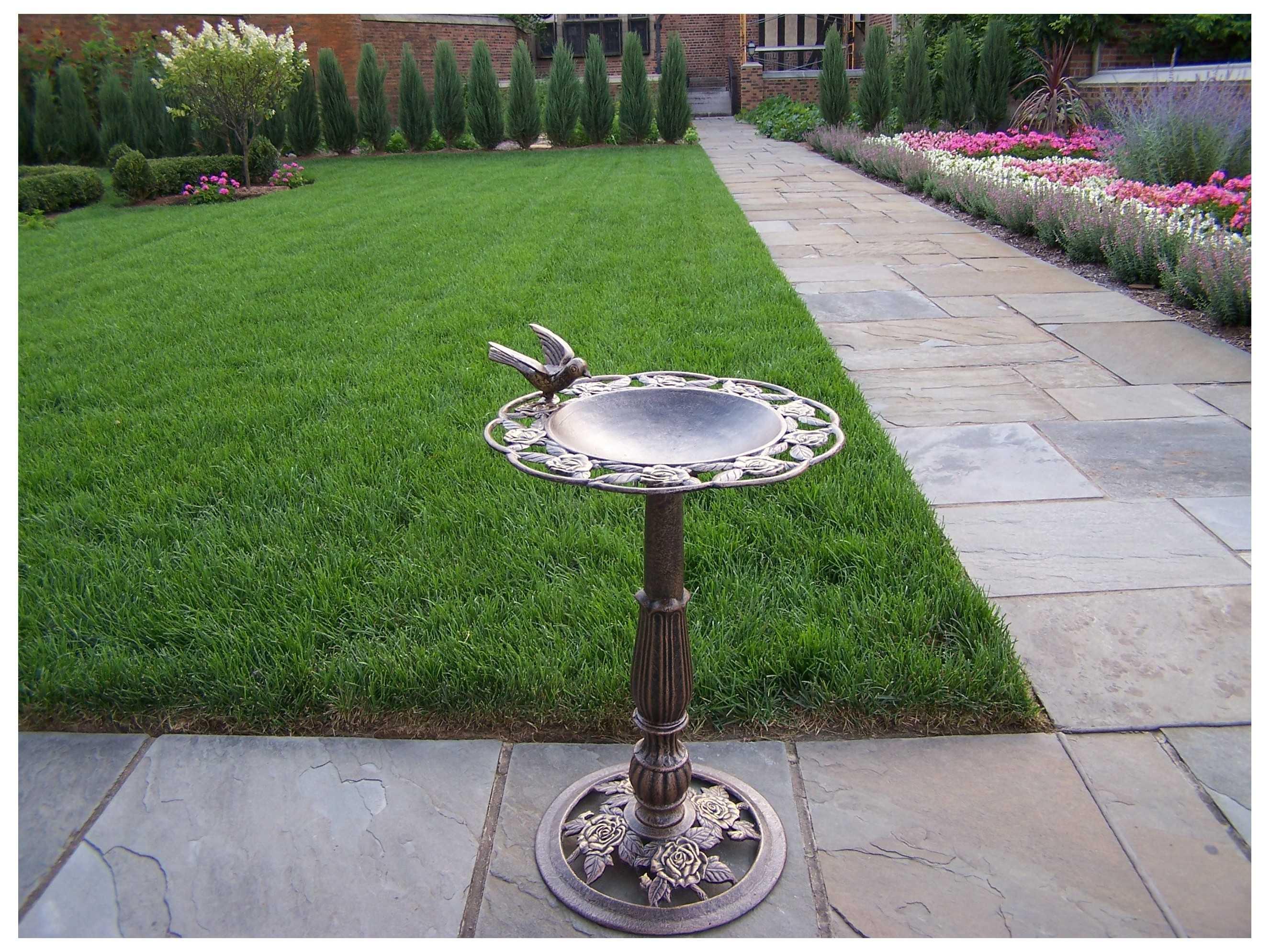 Oakland Living Tea Rose Cast Aluminum Bird Bath In Antique Bronze OL5360AB