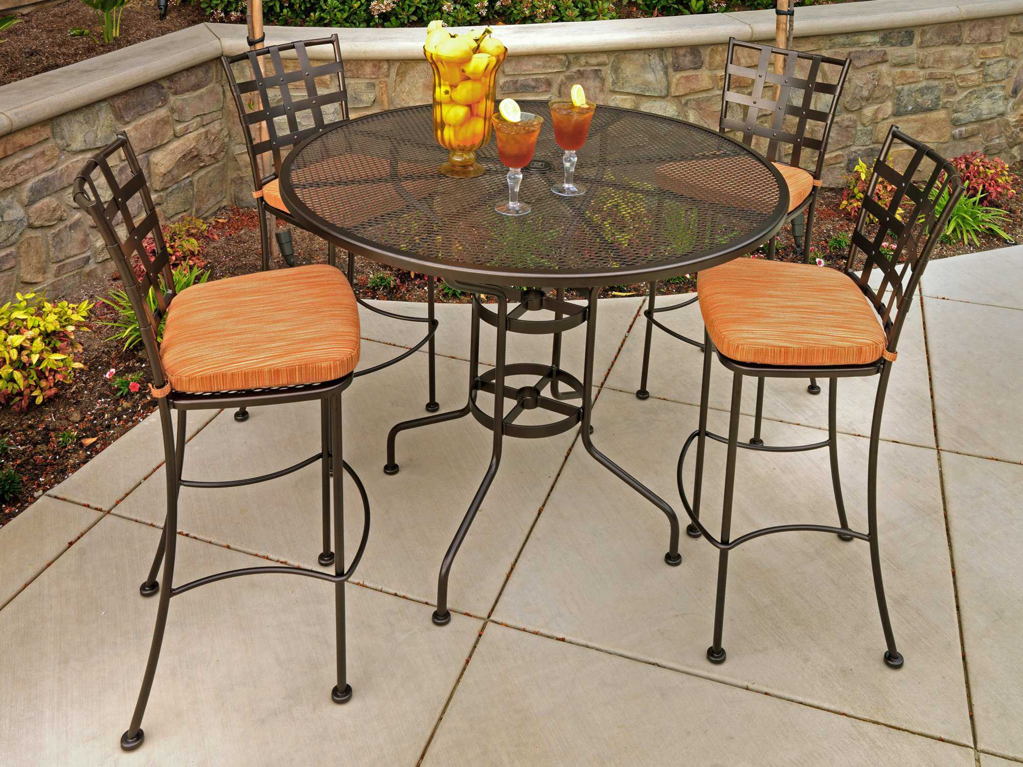 Ow Lee Micro Mesh Wrought Iron 48 Round Bar Table With