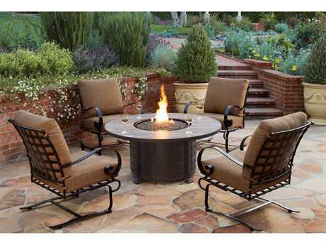 OW Lee Classico Wide Arms Wrought Iron Lounge Set