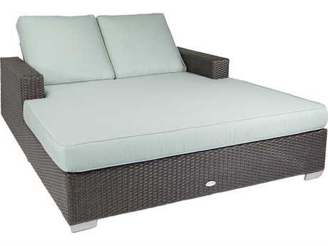 Patio Heaven Signature - Palisades Wicker Lounge Bed