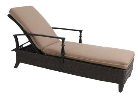 Paula Deen Outdoor Bungalow Tobacco Wicker Adjustable Chaise Lounge in Sailcloth Sisal Fabric
