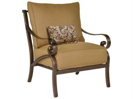 Castelle Veracruz Deep Seating Cast Aluminum Lounge Chair with One Kidney Pillow