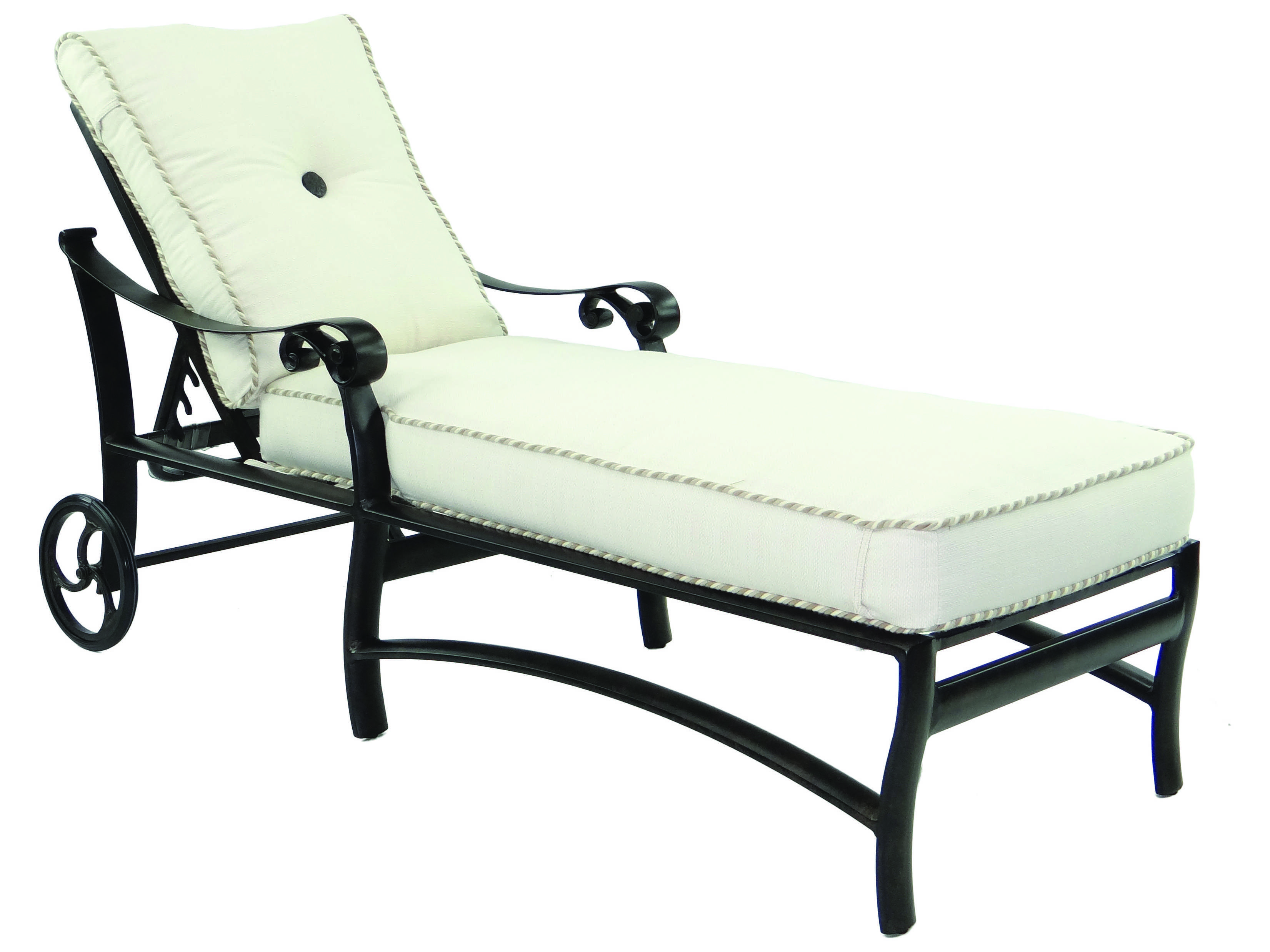 Castelle bellanova cushion cast aluminum adjustable chaise for Aluminum chaise lounge with wheels