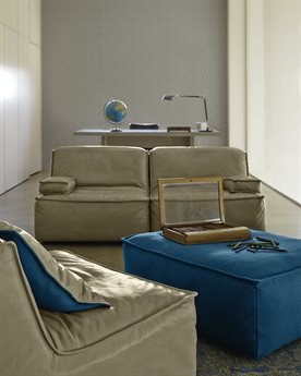 Prianera Vega Living Room Set