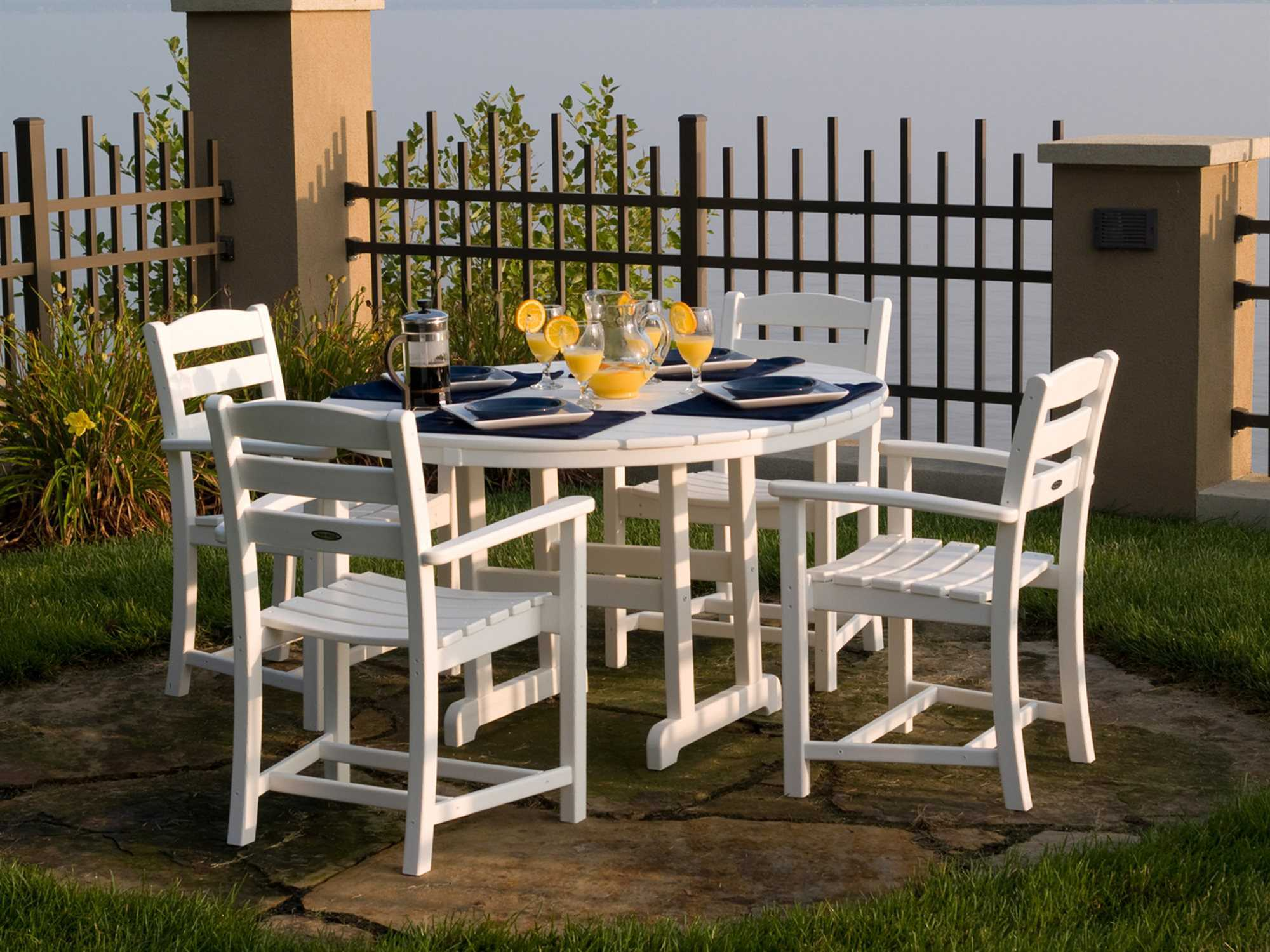 Polywood 174 La Casa Cafe Recycled Plastic Dining Set