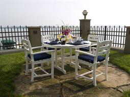 La Casa Cafe Dining Set