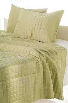 Rizzy Home Satinology Lime Quilt Set