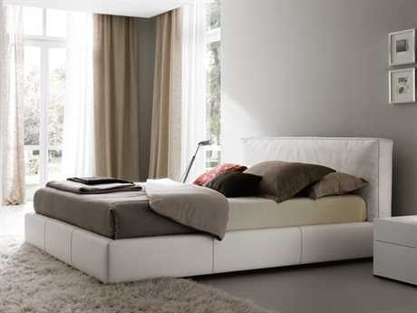 Rossetto Touch White Leather Queen Size Platform Bed