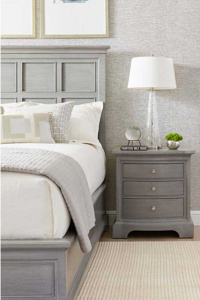 Stanley Furniture Transitional Estonian Grey 29 L X 18