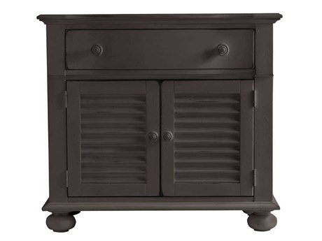 Stanley Furniture Coastal Living Retreat Gloucester Grey 36'' x 18.5'' Rectangular Summerhouse Chest