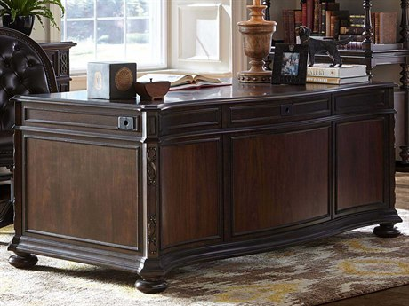 Stanley Furniture Casa D'Onore Stella 72'' x 36'' Rectangular Executive Desk