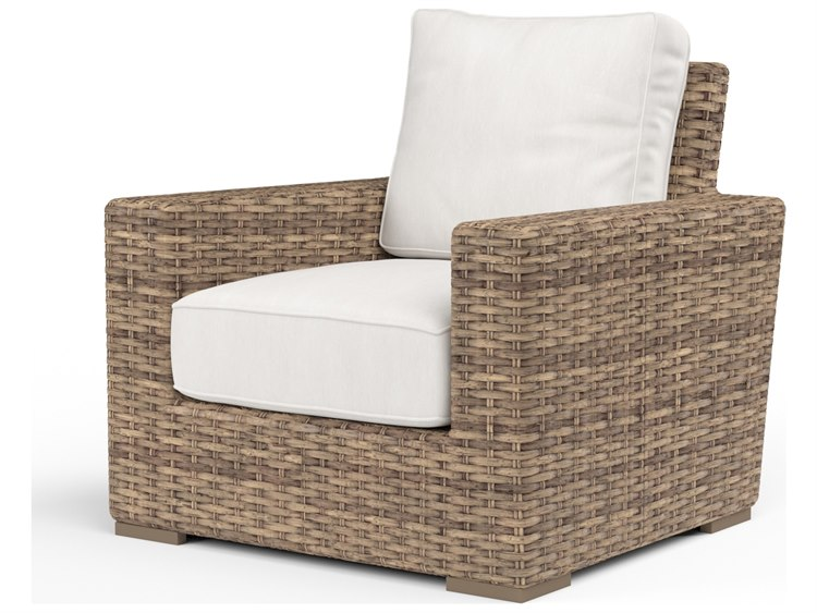 Sunset West Quick Ship Havana Wicker Lounge Chair in Canvas Flax