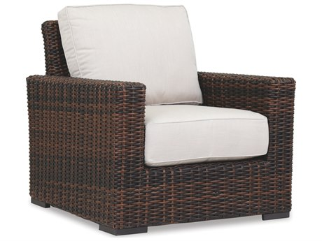 Sunset West Quick Ship Montecito Wicker Lounge Chair in Canvas Flax with Self Welt