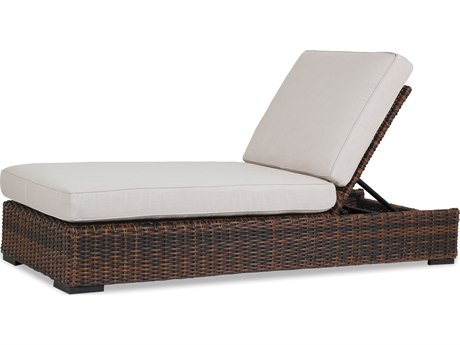 Sunset West Quick Ship Montecito Wicker Chaise Lounge in Canvas Flax with Self Welt