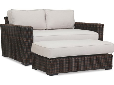 Sunset West Quick Ship Montecito Wicker Double Chaise Lounge in Canvas Flax with Self Welt