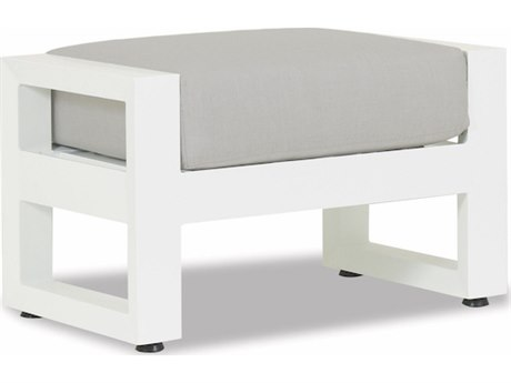 Sunset West Newport Frosted White Aluminum Ottoman in Cast Silver
