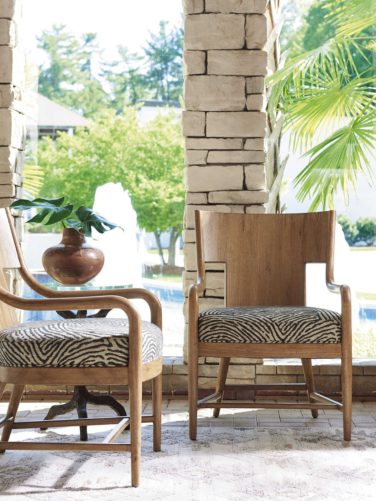 Tommy Bahama Los Atlos Newcastle Accent Chair To0118371141