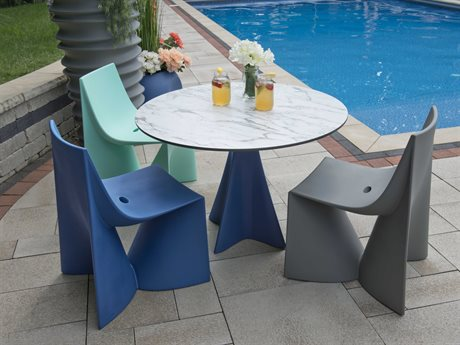 Tonik Jux Seating Polyethylene Dining Set PatioLiving