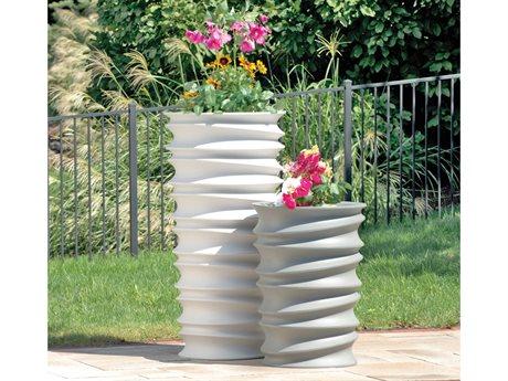 Tonik Swizzle Polyethylene Planter Set