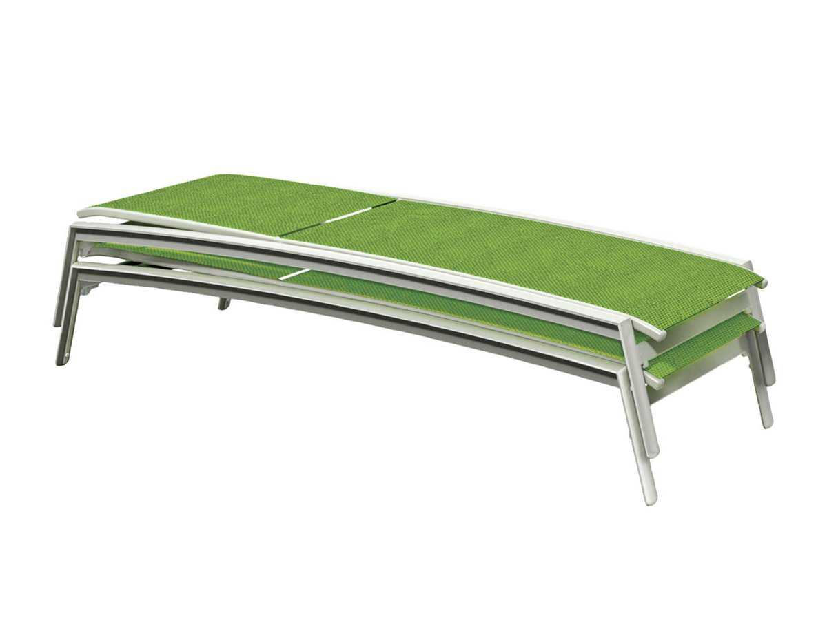 Tropitone elance relaxed sling aluminum chaise lounge with for Aluminum chaise lounges