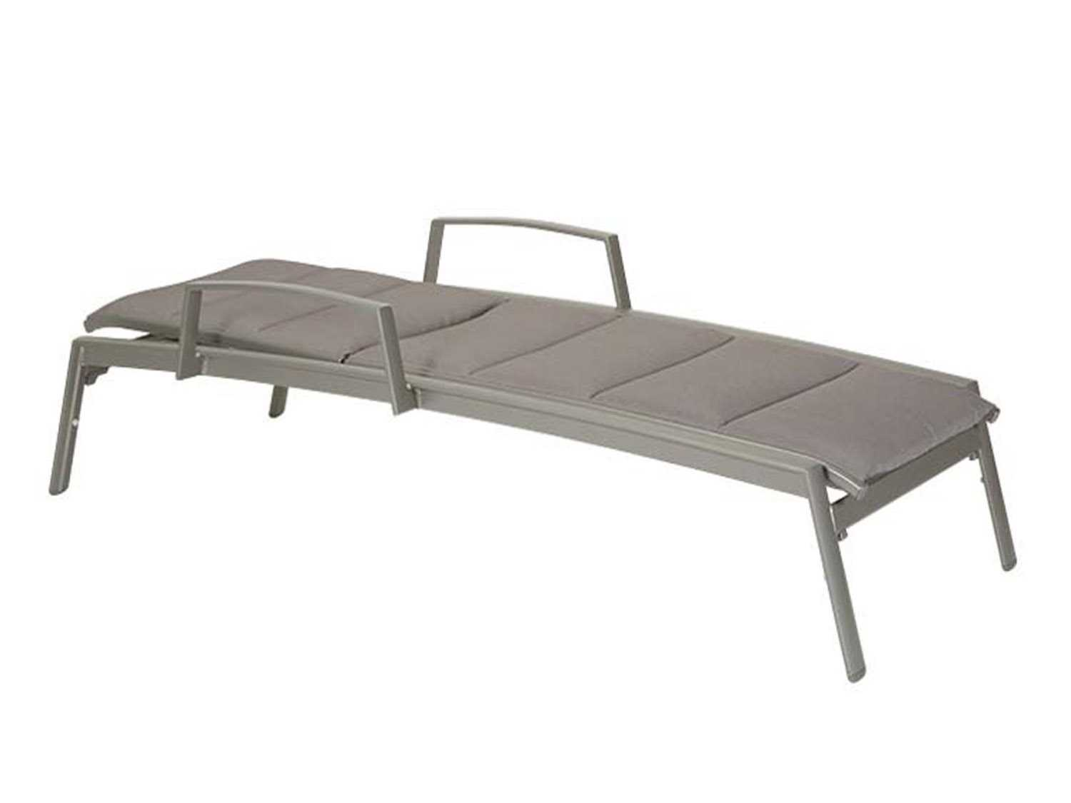 Tropitone elance padded sling aluminum chaise lounge with for Aluminium chaise lounge