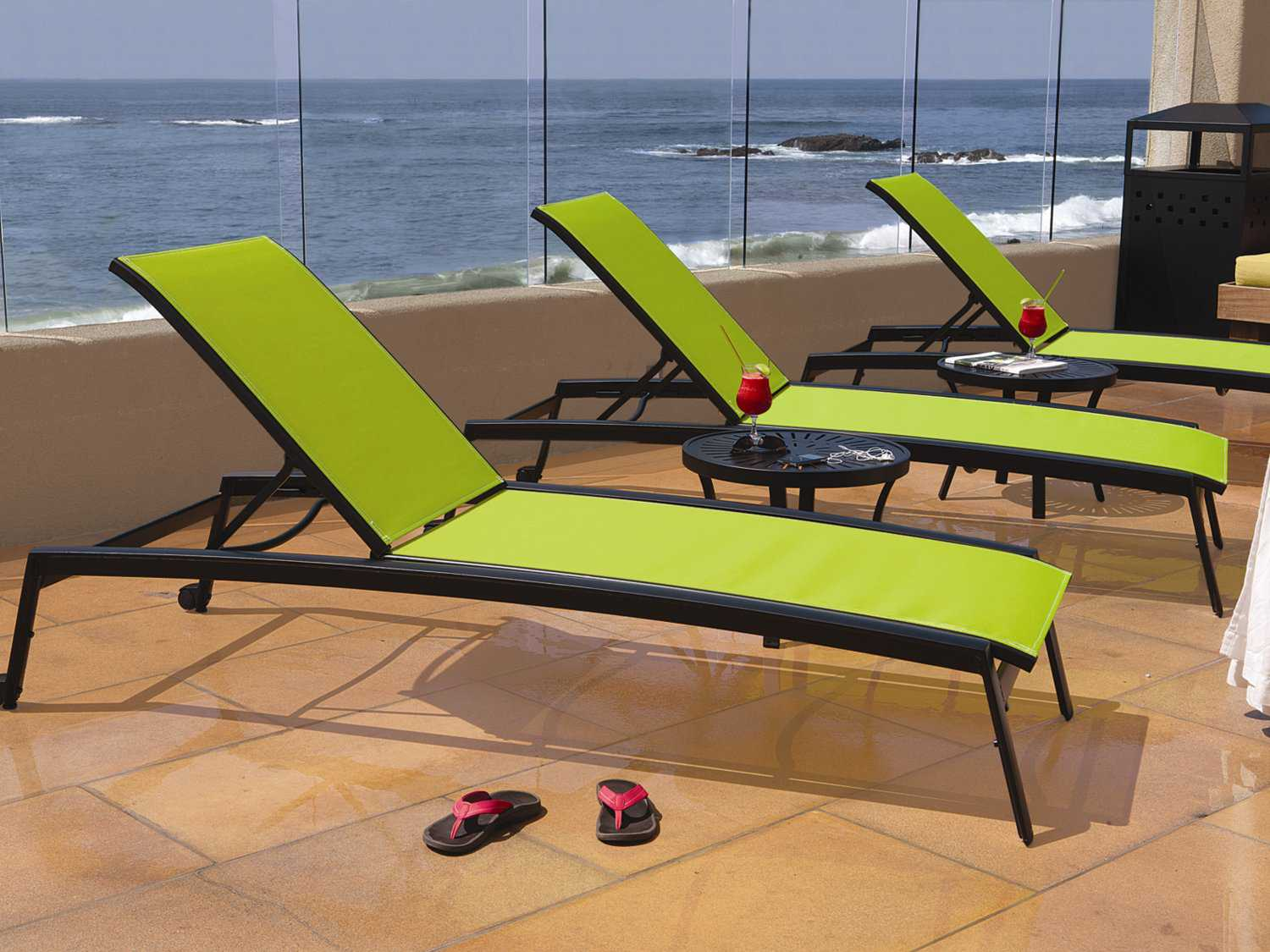 Tropitone Elance Relaxed Sling Aluminum Chaise Lounge With