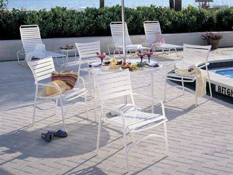 Pool Strap Dining Sets