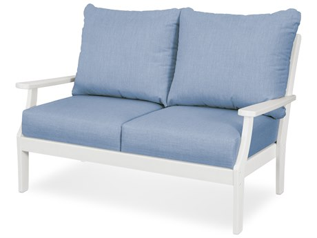Trex Outdoor Furniture Yacht Club Deep Seating Loveseat in Classic White / Cast Ocean