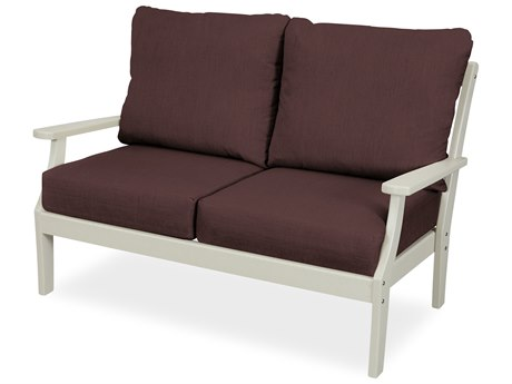 Trex Outdoor Furniture Yacht Club Deep Seating Loveseat in Sand Castle / Cast Currant