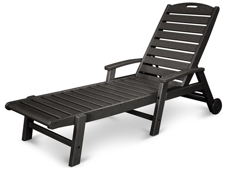 Trex® Outdoor Furniture Yacht Club Wheeled Chaise in Charcoal Black