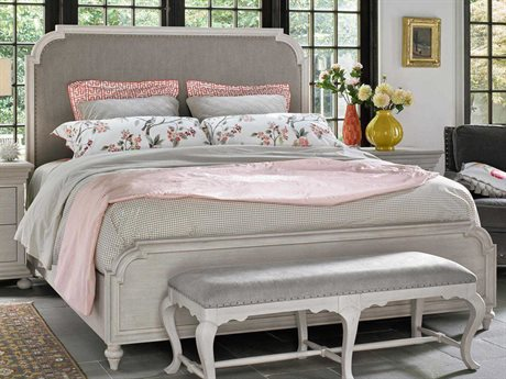Universal Furniture Elan Belgian Wheat Queen Size Panel Bed