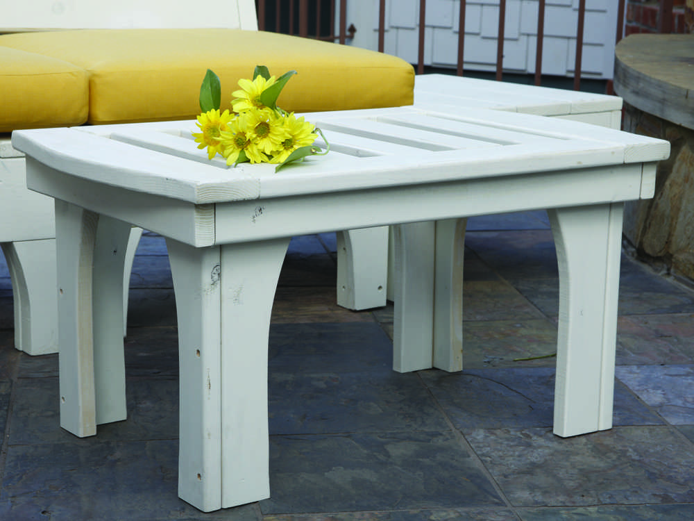 uwharrie chair westport wood 32 x 20 rectangular coffee table w030. Black Bedroom Furniture Sets. Home Design Ideas