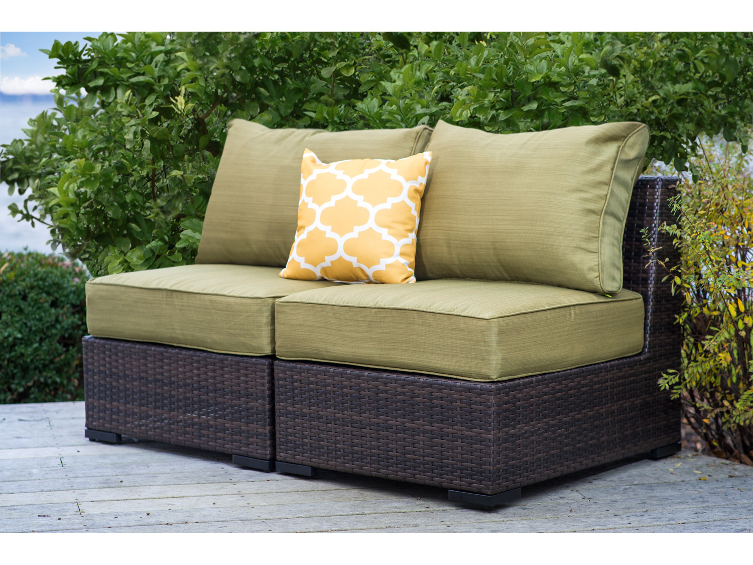 Vida Outdoor Pacific Armless Wicker Loveseat Palm Vd Pacific 2as Palm
